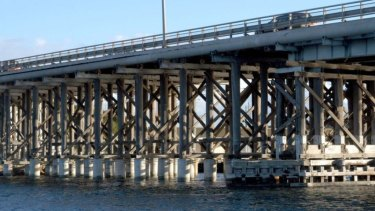 Fremantle Traffic Bridge.