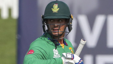 Quinton de Kock did not take a knee, in defiance of a Cricket South Africa directive.