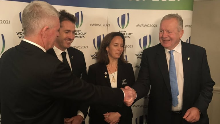 World Rugby Chairman Bill Beaumont (right) congratulates New Zealand as they are announced hosts of the 2021 Women's Rugby World Cup.