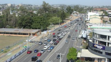 The Wynnum Road corridor upgrade is expanding the four-lane road to six lanes.