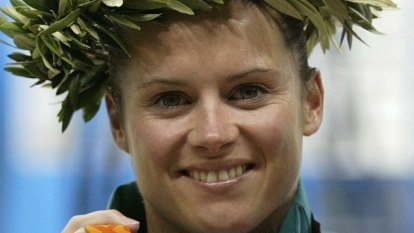 Olympic diver faces arrest over Woolworths stealing charge
