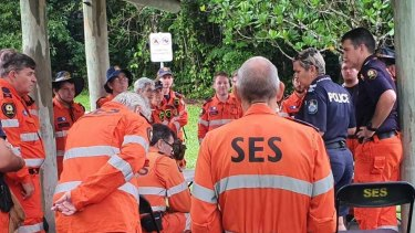 SES and police during the search for Milan Lemic.