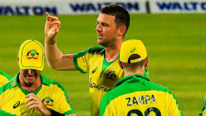 Super Kings captain Dhoni has Hazlewood primed for T20 World Cup charge