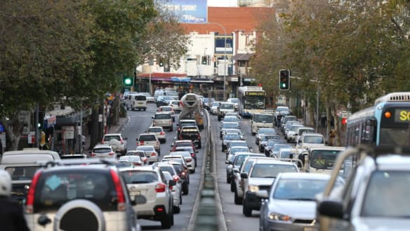 Holiday traffic causes delays for motorists heading out of Sydney