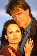 Chemistry: Sigrid Thornton and William McInnes in the original <i>SeaChange</I>.