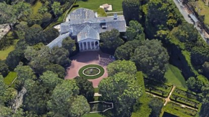 Jeff Bezos sets record splurging out on $245 million Beverly Hills home