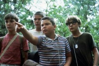 """Wil Wheaton, River Phoenix, Jerry O'Connell and Corey Feldman in """"Stand By Me""""."""