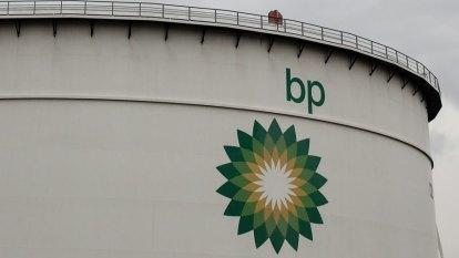 Hundreds of jobs to go as BP moves to shut down Kwinana refinery