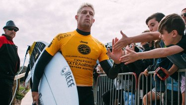 Mick Fanning with his game face on at the Margaret River Pro in 2015.