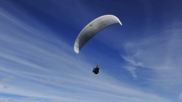 Emergency services rescued a man from a Scenic Rim tree after a paragliding mishap (file image).