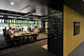 Students in Deakin University's Waurn Ponds campus library.