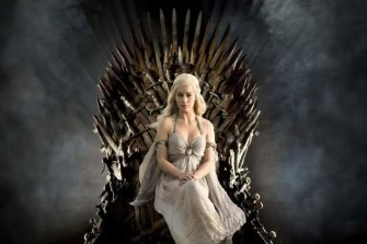 In Game of Thrones, Daenerys Targaryen, who wants to be supreme ruler, is famous for demanding her subjects and allies bend the knee to prove their allegiance and submission.