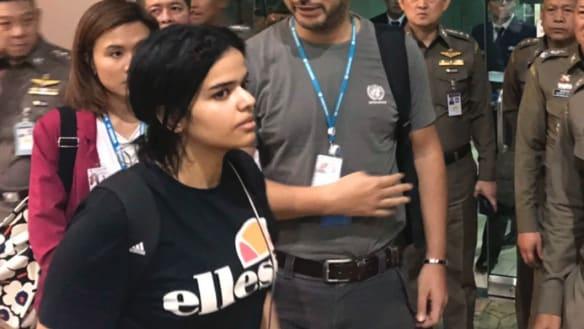 Saudi teen detained in Bangkok granted asylum in Canada