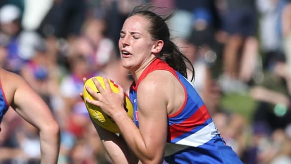 Sigh of relief for Isabel Huntington over knee injury