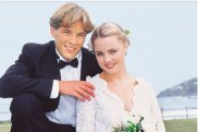 Dieter Brummer and Melissa George on Home and Away.