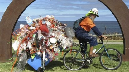 No freight? No worries: Northam artist bikes, trains works to Sculpture by the Sea