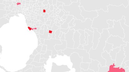 Which Victorian postcodes have active COVID-19 cases?