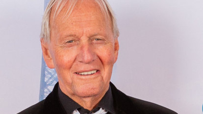 Social Scene: Paul Hogan roasts Donald Trump