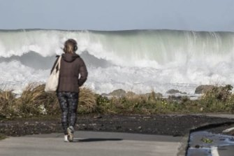 Waves of up to 5 metres slammed the coast of Wellington, NZ, on Wednesday.