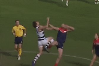 Ablett wastes no time against the Dees.