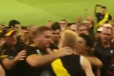 'He went berserk': How vicious MCG brawl started with free kick decision