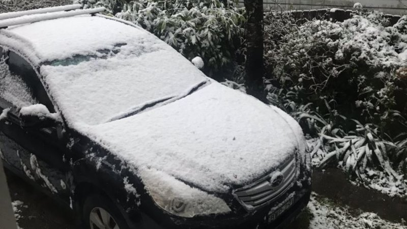Sydney drenched as spring snow lands in Blue Mountains, Goulburn