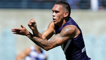 Harley Bennell has suffered another calf strain after stepping up his training loads at the Dockers.