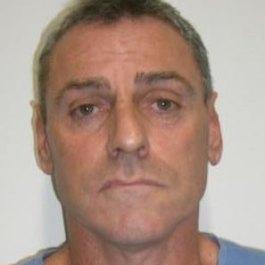 Double murderer John Lindrea jailed for hold-up at Melbourne pub