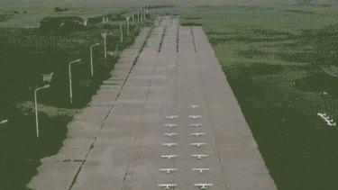 A drone swarm test via an NUDT WeChat post.