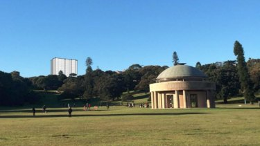 The development is opposed by residents due to fears it will overshadow the heritage-listed park.