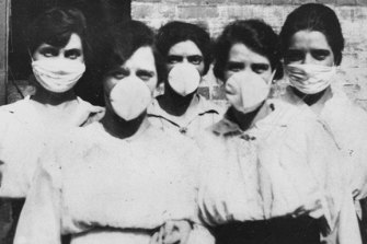 Women in Australia during the Spanish flu epidemic. Rumours spread that the virus was a German weapon.