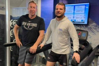Roosters coach Trent Robinson (left) in the altitude room he used to acclimatise ahead of climbing Mount Kilimanjaro.