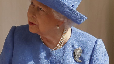 The Queen wore the same brooch her mother wore to her father's funeral.