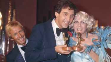 Paul Hogan, Don Lane and Jeanne Little at the Logies in 1977.