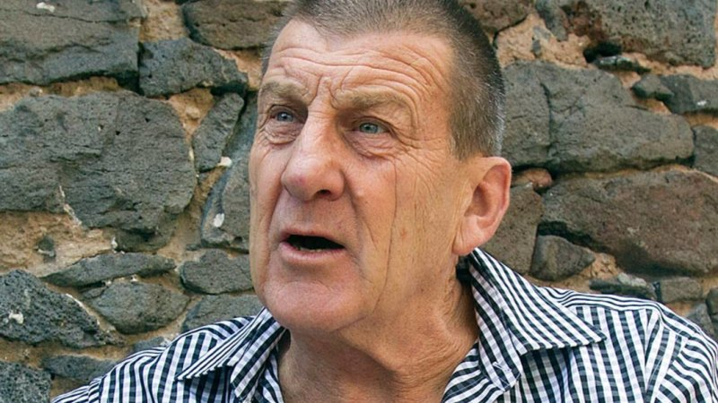Kennett's regret: Hawthorn president says sorry over comments