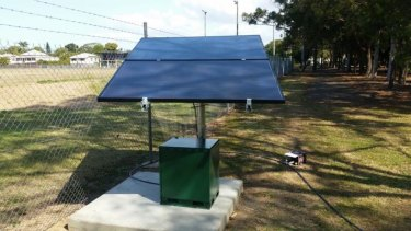 An example of solar-powered aerator that the NSW government is planning to deploy.