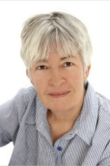 Author Juliet Marillier.