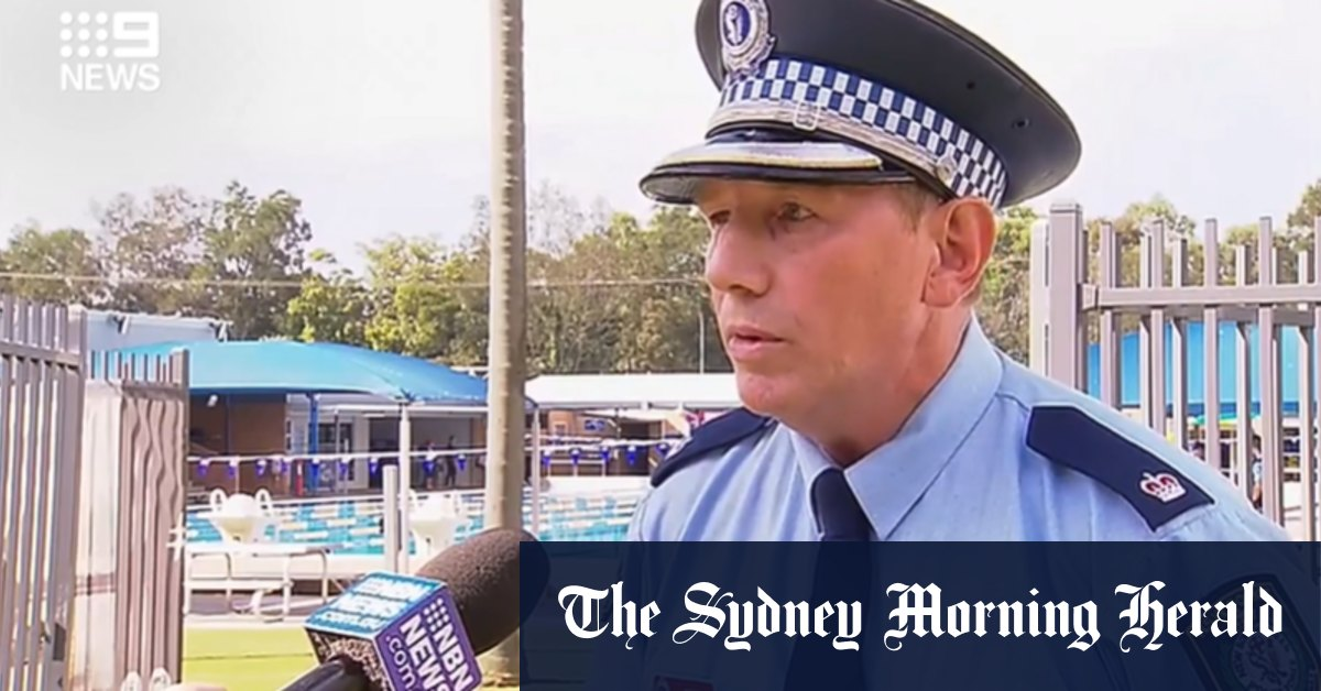 Teenage girl dies after being pulled from swimming pool at Maitland – Sydney Morning Herald