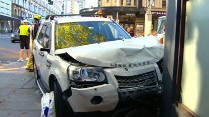 Three hospitalised after CBD crash shuts down traffic