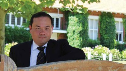 Liberal candidate under scrutiny over claims he misled on university qualification