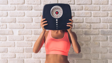 The relationship between weight and self control is reciprocal but may be modified through other lifestyle behaviours.