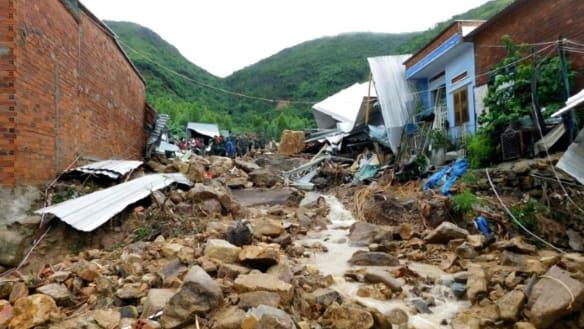 Tropical storm triggers fatal landslides in Vietnam
