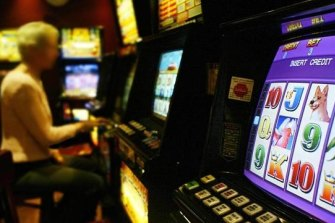 Victorians spend more than $3 billion on pokies each year