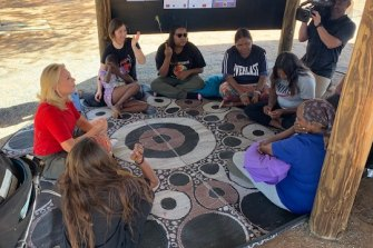 Kerri-Anne Kennerley meets with Indigenous women near Alice Springs following her on-air blow up with Yumi Stynes.