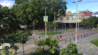 Shields and Lake Street corner in Cairns: great design, plenty of trees and shade, but little activation.