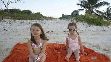 As young girls, Grace and Chloe Murdoch.