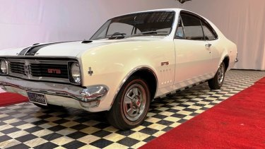 This 1970 Monaro sold by Lloyds Auctioneers   was once owned by  businessman Lindsay Fox.