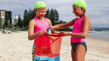 Envirobank has set up a partnership with Surf Life Saving Queensland to allow surf clubs to raise money.