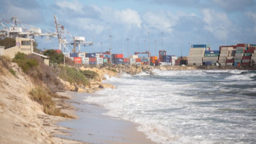 Perth's wild winter weather has prompted the City of Fremantle to close off access to Port Beach, after footpaths and car parks were identified as being at serious risk of collapse.