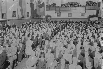 Secessionmeeting in the Perth Town Hall in 1933.